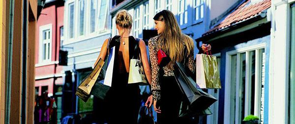 shopping-to-kvinder Fidélisation client & bons de réduction sur le social media